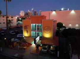 Metropolitan Inn & Suites, B&B in Los Angeles
