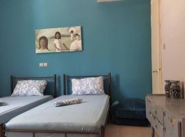 Ευρύχωρο σπίτι στην Πάτρα, self catering accommodation in Patra
