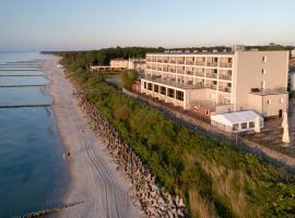 Wodnik Centrum Zdrowia i Rehabilitacji, spa hotel in Ustronie Morskie