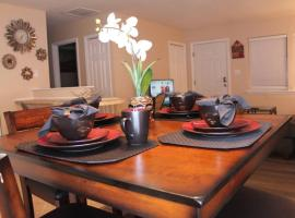 Relaxing King Bed Villa, vacation rental in Tallahassee