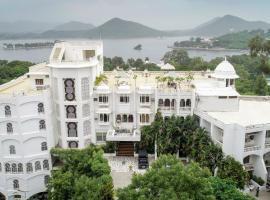 Hotel Hilltop Palace, hotel near Sajjangarh Fort, Udaipur
