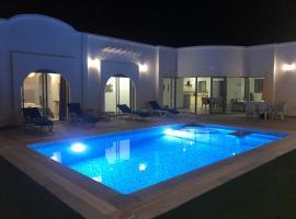 Villa Nour Djerba, villa in Midoun