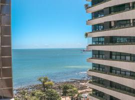 Flat na Beira Mar Vista Lateral Mar, apart-hotel em Fortaleza