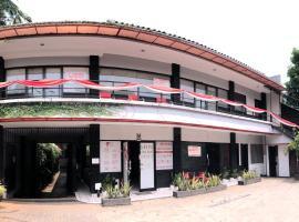 Griya Lebak Bulus, hotel near University of Indonesia, Jakarta