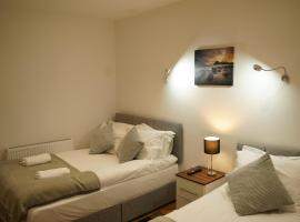 Serviced Property Plymouth, apartment in Plymouth