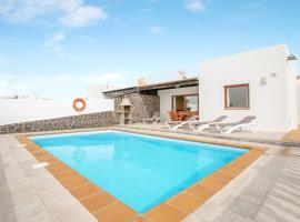 Villa Daniamand 1B, cottage in Playa Blanca