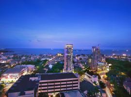 Aston Makassar Hotel & Convention Center, hotel di Makassar