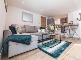 Sandpearl Suite Sasco Apartments, apartment in Lytham St Annes