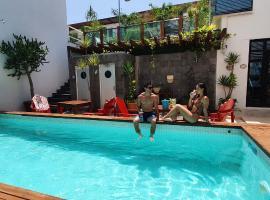Hotel Boutique Casa Ticul 5TH AV, hotel in Playa del Carmen