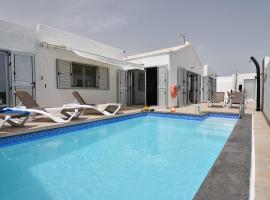 Villa Malagueñas, hotel near Lanzarote Golf Resort, Puerto del Carmen
