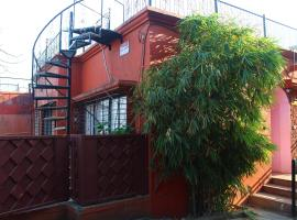 Aarey Paradise Private Pool Villa, apartment in Mumbai