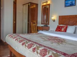 Hotel Shangrila Regency, hotel near Himalayan Mountaineering Institute And Zoological Park, Darjeeling