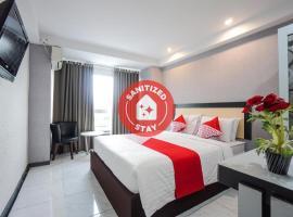 OYO 1318 Hotel Prince Boulevard, viešbutis mieste Manadas