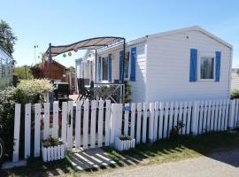 Agréable Mobil-Home Normand, glamping site in Saint-Pair-sur-Mer