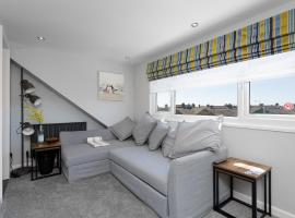 Stopover at ORCHARD LOFT, cosy and convenient, apartment in Portsmouth