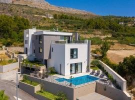Villa 9, luxury hotel in Podstrana
