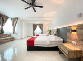 Langkawi Cozy Townhouse @Desa Impian, villa in Kuah
