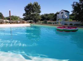 Vila Una Ira Relaxs in rural areas of Istra, hotel in Režanci