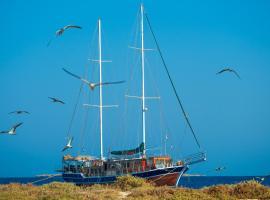 La Vela, boat in Hurghada
