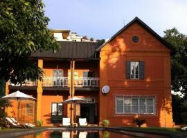 Maison d'Hôtes Mandrosoa, hotel in Antananarivo