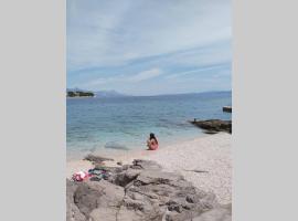 Apartment Brandel * Croatia * Brac * Selca * Puntinak, beach hotel in Selca