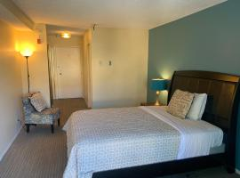 Lovely Beverly Hills Hotel Room-B03, hotel near Petersen Automotive Museum, Los Angeles