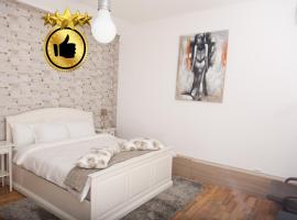 Old Town Studio by MRG, apartment in Bucharest