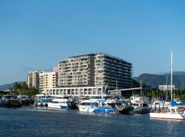 The Sebel Cairns Harbour Lights, hotel in Cairns