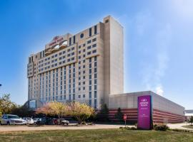 Crowne Plaza Springfield Convention Center, an IHG hotel, hotel in Springfield