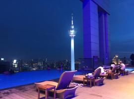 Platinum Suites KLCC Bukit Bintang with Rooftop Infinity Pool, serviced apartment in Kuala Lumpur