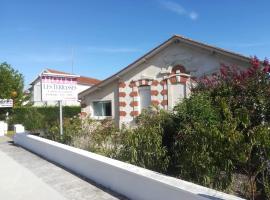 HOTEL LES TERRASSES, hôtel au Le Verdon-sur-Mer