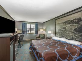 Super 8 by Wyndham Duluth, hotel in Duluth