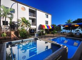 Waters Edge The Strand, hotel near Townsville Supreme Court, Townsville