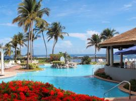 Embassy Suites by Hilton Dorado del Mar Beach Resort, spa hotel in Dorado