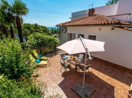 Beautiful home in Opatija w/ WiFi and 3 Bedrooms, holiday home in Opatija