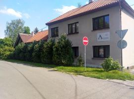 Alisa Apartments, apartment in Kostomlaty