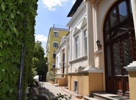 Hotel Michelangelo, hotel near Gara de Nord Metro Station, Bucharest