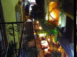 Boho City Hostel, hotel in Chania
