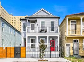 Stunning 4BR-5BR near Frnch Quarter Luxury Homes by Hosteeva, vacation rental in New Orleans