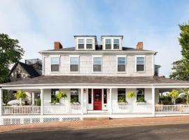 Life House, Nantucket, hotel near Nantucket Memorial Airport - ACK, Nantucket