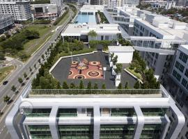 Sutera Avenue 2BR Suite with Infinity Pool 2, budget hotel in Kota Kinabalu