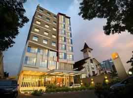 V Hotel Tebet, hotel near Digantara Monument, Jakarta