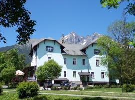 Hotel Tatry, hotel near Lomnicky peak, Vysoké Tatry - Tatranská Lomnica