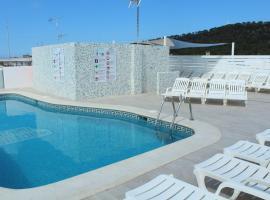 Apartamentos Orvay, hotel near Golden Buddha Ibiza, San Antonio