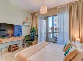 Durrani Homes - Luxurious Studio near Dubai Mall with pool view, hôtel accessible aux personnes à mobilité réduite à Dubaï