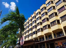 Hotel Grand Crystal, hotel in Alor Setar