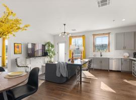 The 1865 - Immaculate Condo & Pool - Near Downtown condo, hotel with pools in New York