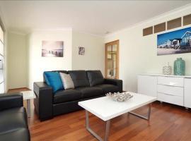 Swan River Applecross Heathcote Park 1BR Villa, apartment in Perth