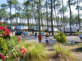 """L'AMANDIER """" Camping Les Dunes De Contis """" St Julien en Born, campground in Saint-Julien-en-Born"""