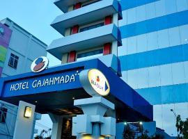 Hotel Gajahmada Pontianak, hotel near Supadio Airport - PNK, Pontianak